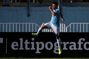Roberto Gutiérrez celebrando uno de sus goles.