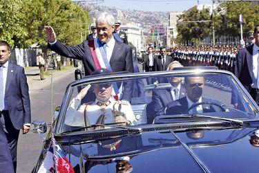 El Presidente ya en ejercicio Sebastian Piñera se retira del Congreso Nacional