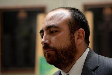 """""""Las primarias no son una negociación, son una competencia"""": Chahin refuerza críticas al Frente Amplio de cara a elecciones municipales y de gobernadores"""