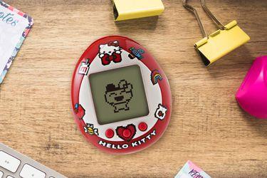 Hello Kitty te ayudará a cuidar a tu mascota virtual en este nuevo Tamagotchi