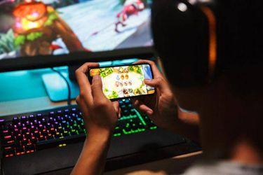 """Pasar el aburrimiento con los """"juegos de escape"""" que se descargan en el celular puede tener consecuencias negativas"""