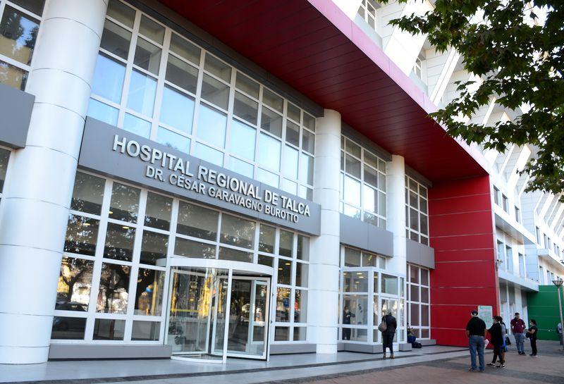 En Talca, capital de la Región del Maule, se detectó el primer caso de Covid-19 en Chile. La fachada es del hospital de la ciudad.