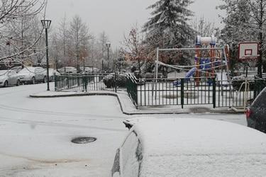 Comienza a nevar en la comuna de Lo Barnechea en la Región Metropolitana