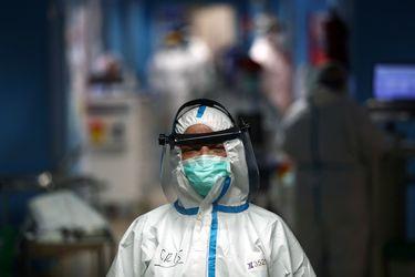 Santiago, Recoleta y Puente Alto lideran número de contagios y solo 64 comunas en el país no tienen casos de coronavirus
