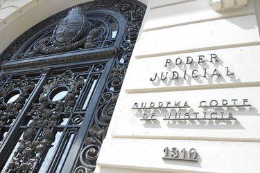 Abogados afirman que proyecto que suspende embargos interviene facultad del Poder Judicial