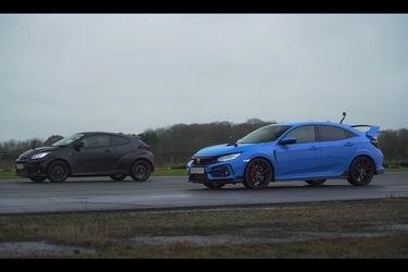 Al Toyota GR Yaris le salió el Civic Type R como rival: ¿Cuál es más ágil, recupera mejor y frena en menos distancia?