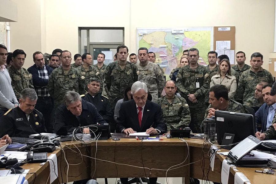 El Presidente Sebastián Piñera en la comandancia en jefe de la Guarnición Región Metropolitana.