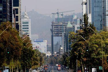 La economía chilena está a cerca del 70% de su capacidad y comercio es el más afectado