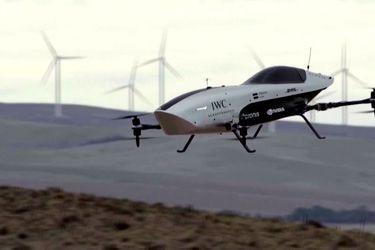 """Realizan el primer vuelo de prueba de un dron """"Fórmula 1"""""""