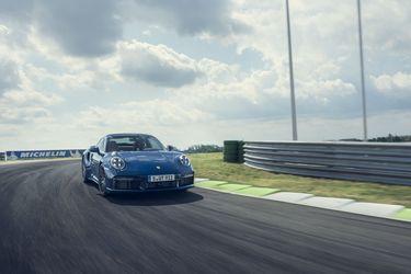 El Porsche 911 Turbo alista su llegada a Chile