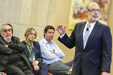 Valdés critica que mayor financiamiento se efectúe recién en el próximo gobierno