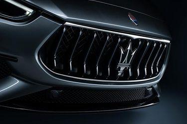 Nadie se quiere quedar abajo: ahora Maserati se sube al carro de la electrificación