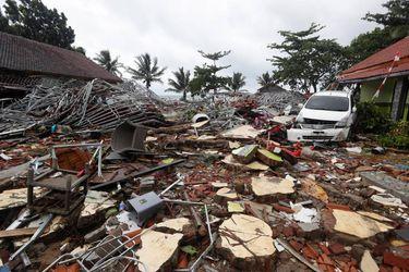 tsunami-indonesia-2