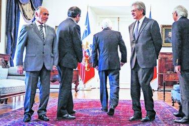 Presidente de la Republica con los presidentes de los distintos