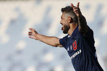 Larrivey, el goleador de la U más efectivo en la última década