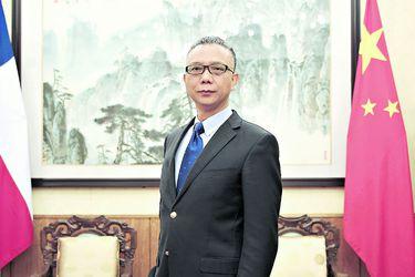 La discreta despedida de Chile del embajador Xu Bu