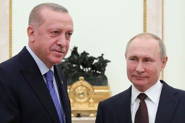 Putin y el Presidente de Turquía acuerdan un alto al fuego en Siria