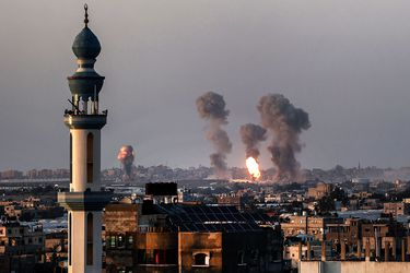 Escalada de violencia entre israelíes y palestinos obliga a Biden a cambiar de estrategia