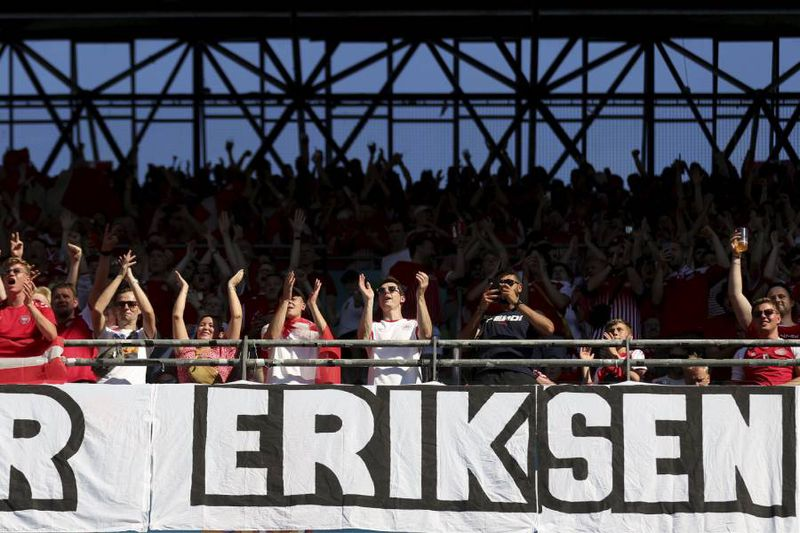 Christian Eriksen fue homenajeado en el duelo entre Dinamarca y Bélgica.
