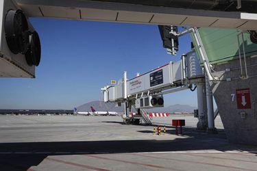 Municipios endurecen críticas a oleoducto que abastecerá de combustible al aeropuerto