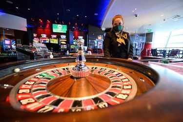 Regulador suspende por segunda vez proceso de licitación de permisos de casinos de juego
