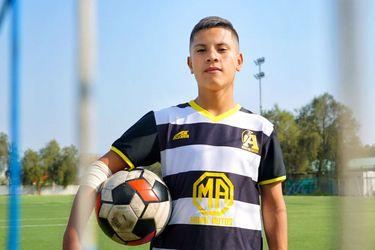 """Steven Ortega, jugador por Lo Prado y goleador de la Copa Enel: """"Para mí, el fútbol significa todo"""""""