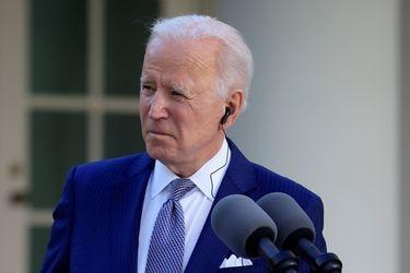 Biden posterga plan de aumento de admisión de refugiados y mantiene límite de 15 mil personas fijado por Trump