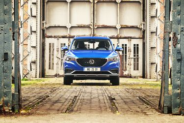 Al cierre de abril, estos han sido los 15 vehículos más vendidos en Chile