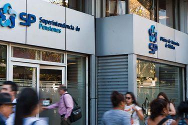 Superintendencia de Pensiones oficia a cinco AFP por contenido de cartas enviadas a afiliados tras aprobación de retiro de fondos