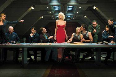 Simon Kinberg escribirá la película de Battlestar Galactica para Universal