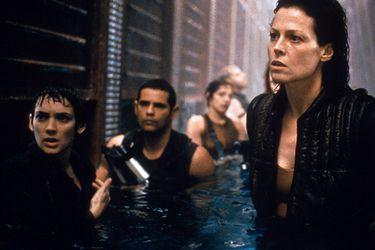 Walter Hill terminó la historia base para una Alien 5 que traería de regreso a Ellen Ripley