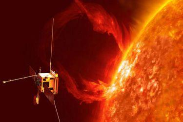 Orbitador solar inicia su travesía para investigar los polos del Sol