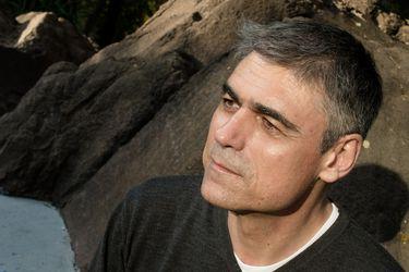 """Pablo Simonetti: """"No fue para culpar ni perdonar a mi padre, sino para entenderlo"""""""