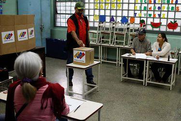 Venezuela inicia elecciones locales y anticipan alta abstención
