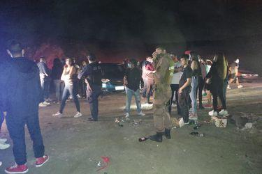 Fiesta clandestina en San Bernardo reunió a más de 500 personas durante toque de queda