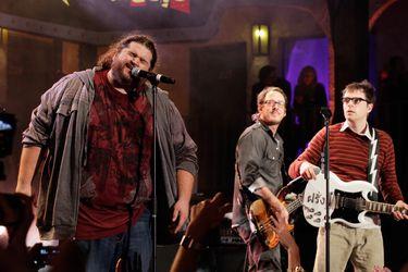 "De Weezer a Netflix: la ruta musical de Jorge ""Hurley"" García, el chileno de Lost"