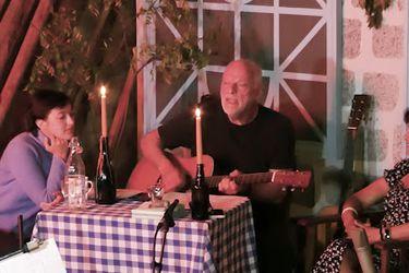 David Gilmour tocó dos canciones de Syd Barrett en un streaming de cuarentena