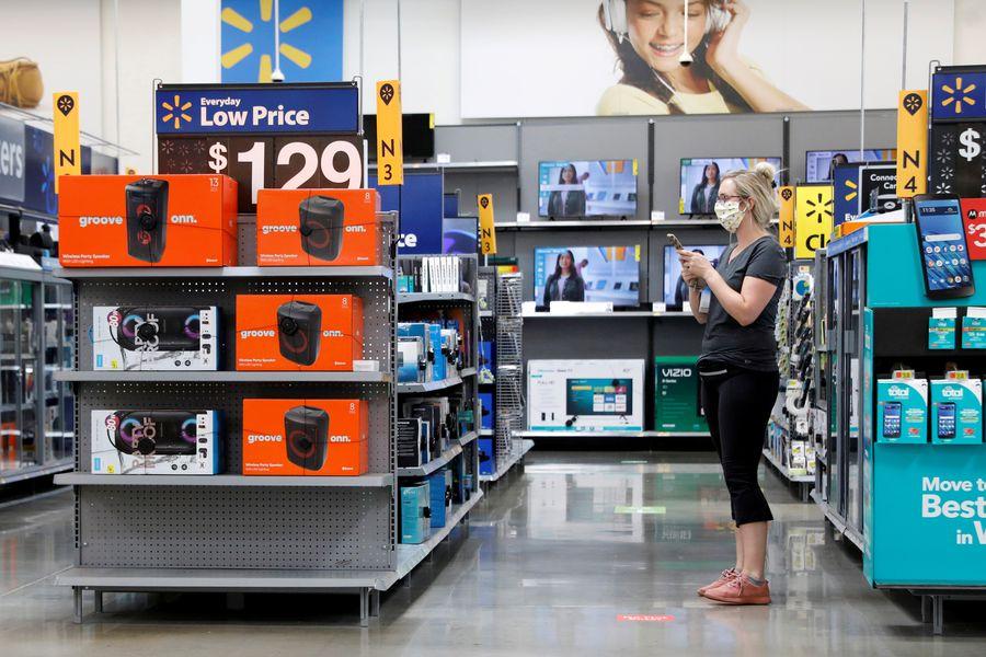 Ventas de Walmart superan las expectativas, mientras los consumidores siguen abasteciéndose para enfrentar avance del coronavirus