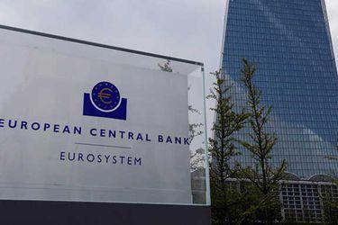 El BCE sigue los pasos de la Fed y no aplicará límites a su programa de compra de deuda para enfrentar el coronavirus
