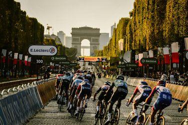 Pogacar se pasea triunfante por París; Bennett gana la última etapa