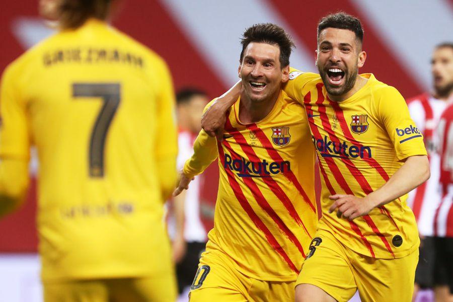 Lionel Messi celebra uno de sus goles ante el Athletic de Bilbao. Foto: @FCBarcelona_es / Twitter.