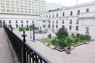Llamado a comisaría con amenaza de bomba activa protocolo en La Moneda