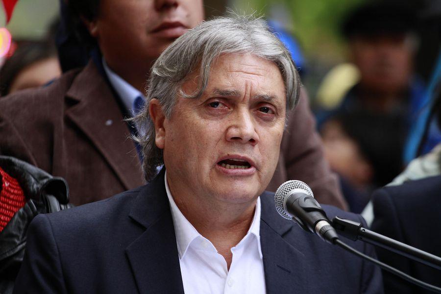 Alejandro Navarro inscribio su nuevo partido politico, País en el Servel