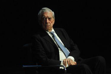 El controvertido barómetro de Mario Vargas Llosa en las presidenciales de Perú