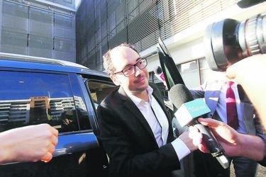 Nicolas Lopez  llega a la  fiscalía oriente para prestar declaraciones