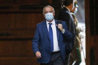Minsal define nuevos criterios para víctimas de coronavirus tras debate por cifras oficiales