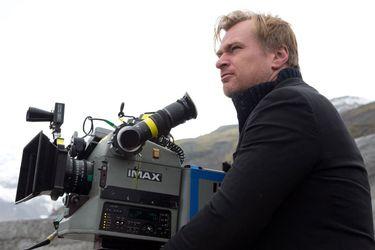 La próxima película de Christopher Nolan se enfocará en el desarrollo de la bomba atómica durante la Segunda Guerra Mundial