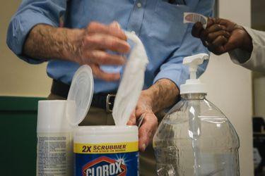 Clorox no tendrá el stock necesario de toallitas desinfectantes hasta 2021