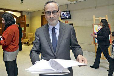 Caso Sename: Ministro de Justicia niega haber recibido informe de la PDI por delitos en residencias tras denuncia de Saffirio