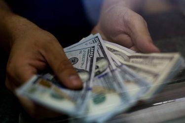 Bci advierte que el peso chileno deberá enfrentar riesgos externos y locales en los próximos meses